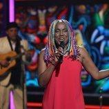 """Lucrecia interpreta """"Caminando por la vida"""" en la Gala 3 de 'La mejor canción jamás cantada'"""
