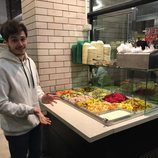 Miki Núñez prueba la comida tradicional de Israel