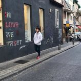 Miki Núñez paseando por las calles de Israel