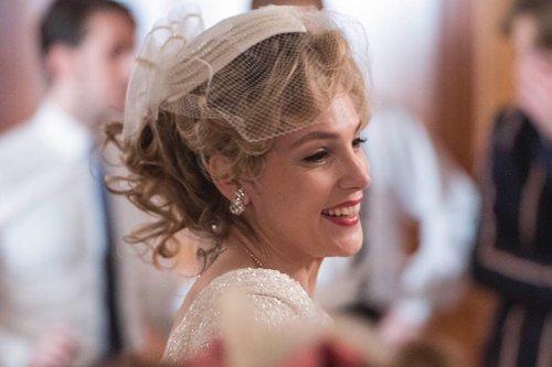 Paloma Bloyd vestida de novia en la temporada 20 de 'Cuéntame cómo pasó'