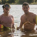 Mario y Óscar Casas se bañan juntos en 'Instinto'