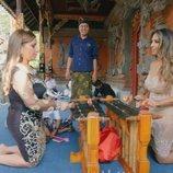 Noemi y Raquel aprenden ritos de indonesia en la quinta temporada de 'Los Gipsy Kings'