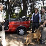 Patrick Jane con el sherif en 'El mentalista'