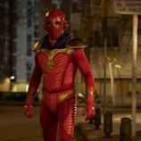 Quim Gutiérrez como Titán, superhéroe protagonista de 'El vecino'