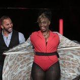 Carolina Sobe y Antonio, en la sala de expulsión en la Gala 11 de 'GH Dúo'