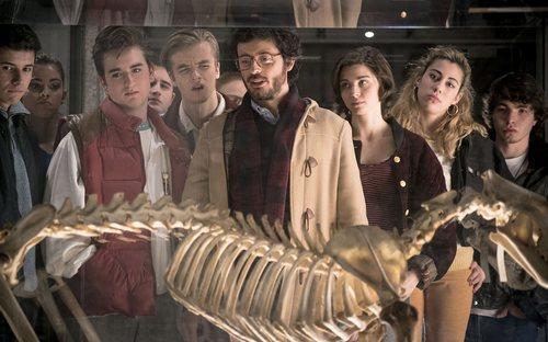 Salva lidera una visita a un museo en la temporada 20 de 'Cuéntame cómo pasó'