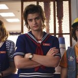 Robin, Steve y Dustin, en la tercera temporada de 'Stranger Things'