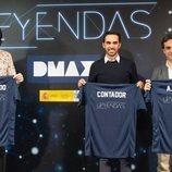 Quique Peinado, Alberto Contador y Antonio Ruíz posan con la equipación de 'Leyendas'