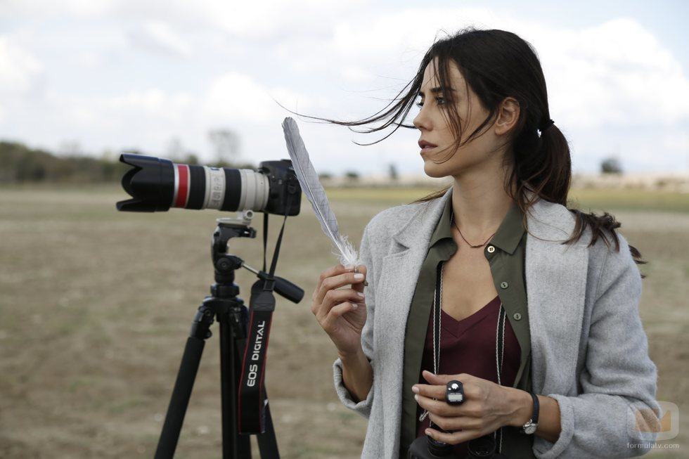 Cansu Dere interpreta a Zeynep Günes en 'Madre'