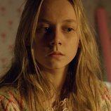 Ester Expósito es Lucía, una de las niñas desaparecidas de 'La caza. Monteperdido'