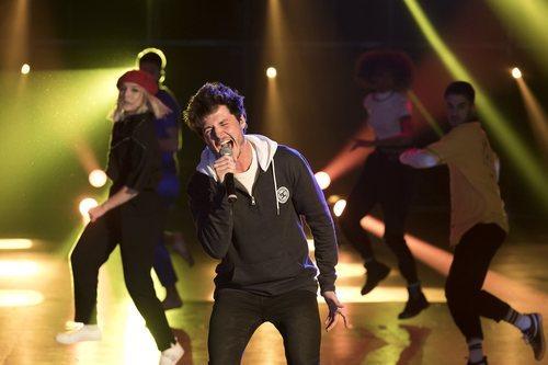 "Miki Núñez canta ""La venda"" en 'Fama a bailar'"