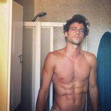 Jorge Brazález ('Masterchef 5') se desnuda en un baño