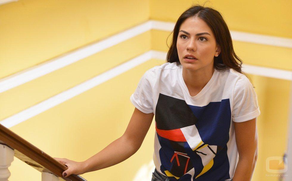 Demet Özdemir interpreta a Sanem en 'Erkenci Kus'