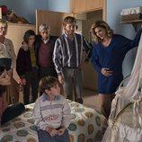 La familia Alcántara, ilusionada con la llegada del bebé en el 20x04 de 'Cuéntame cómo pasó'