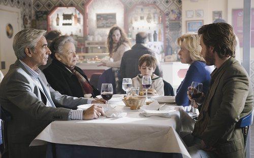 Toni intenta acercarse a su hijo Santi en el 20x04 de 'Cuéntame cómo pasó'