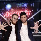 Pablo López y Andrés Martín posan junto en la gran final de 'La Voz'