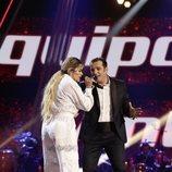 """Javi Moya y Karol G interpretan """"Dicen"""" en la final de 'La Voz'"""