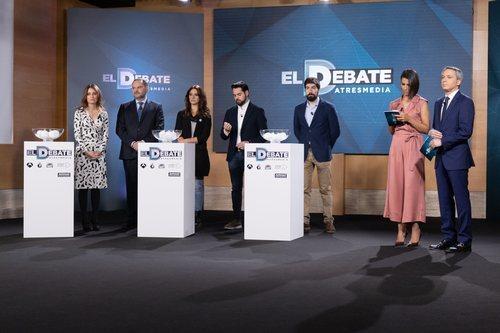 Andrea Levy, Fernando de Páramo, José Luis Ábalos y Manuel Mariscal, en el sorteo de 'El debate' de Atresmedia