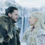 Jon Nieve y Daenerys Targaryen comparten una escena romántica en el 8x01