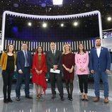 Los participantes del debate a seis de RTVE junto al moderador Xabier Fortes