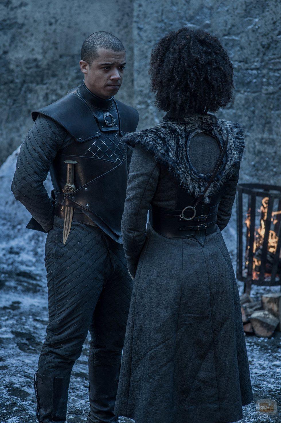 Missandei y Gusano Gris conversan en Invernalia en el 8x02 de 'Juego de Tronos'