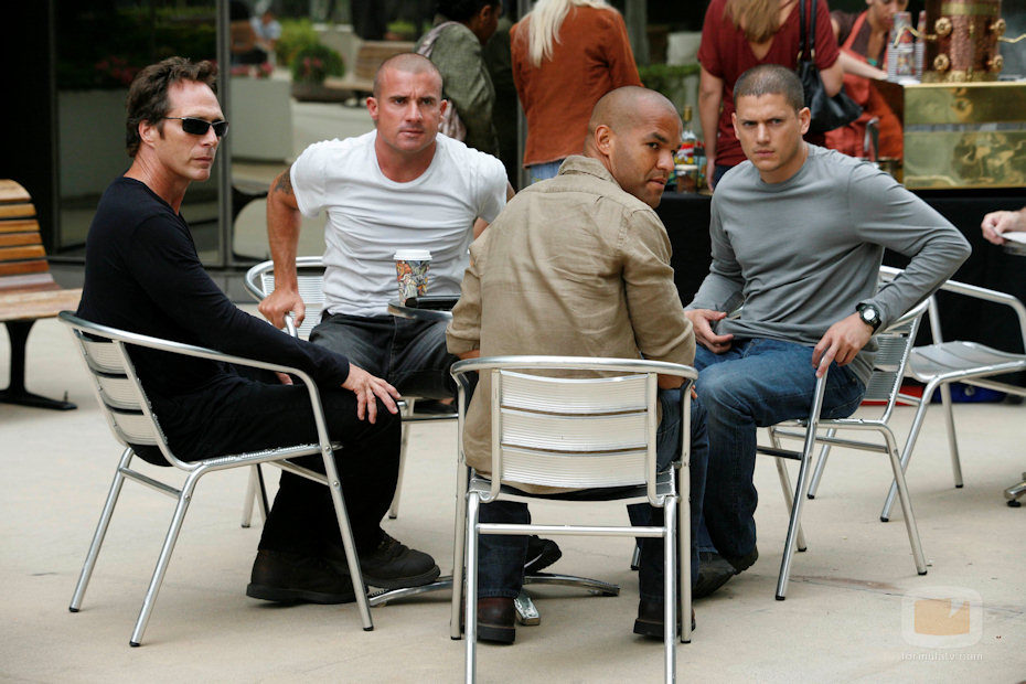 Dominic Purcell, Wentworth Miller, Amaury Nolasco y William Fitchner en 'Prison Break'