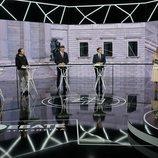 Los principales candidatos a la presidencia el 28A frente a los moderadores de 'El debate decisivo'