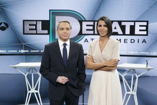 Ana Pastor y Vicente Vallés, moderadores de 'El debate decisivo'