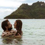 El Profesor y Raquel se dan un baño en la tercera temporada de 'La Casa de Papel'