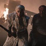 Jorah Mormont y Daenerys Targaryen luchan juntos en el 8x03 de 'Juego de Tronos'