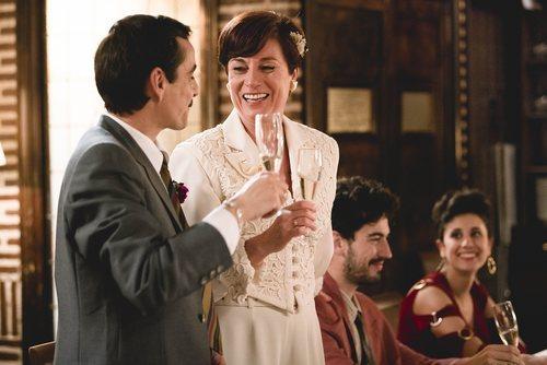 Santos y Clara se casan en el 20x06 de 'Cuéntame cómo pasó'