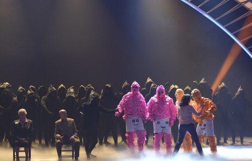 La Murga Zeta Zetas, ganadores de 'Got Talent España', sobre el escenario de la gran final