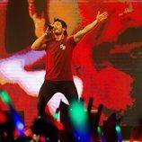 """Miki Núñez interpreta """"La Venda"""" en el Eurovision in Concert de Amsterdam"""