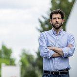 Gonzo, colaborador de 'El intermedio', en un posado como presentador de 'Salvados'