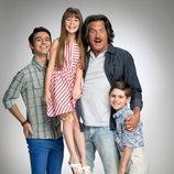 La familia López, posa para 'Mi marido tiene más familia'
