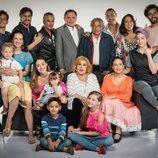 El elenco completo de 'Mi marido tiene más familia'