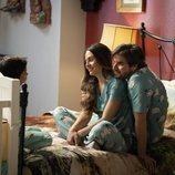 Robert Cooper y Julieta Aguilar en 'Mi marido tiene más familia'