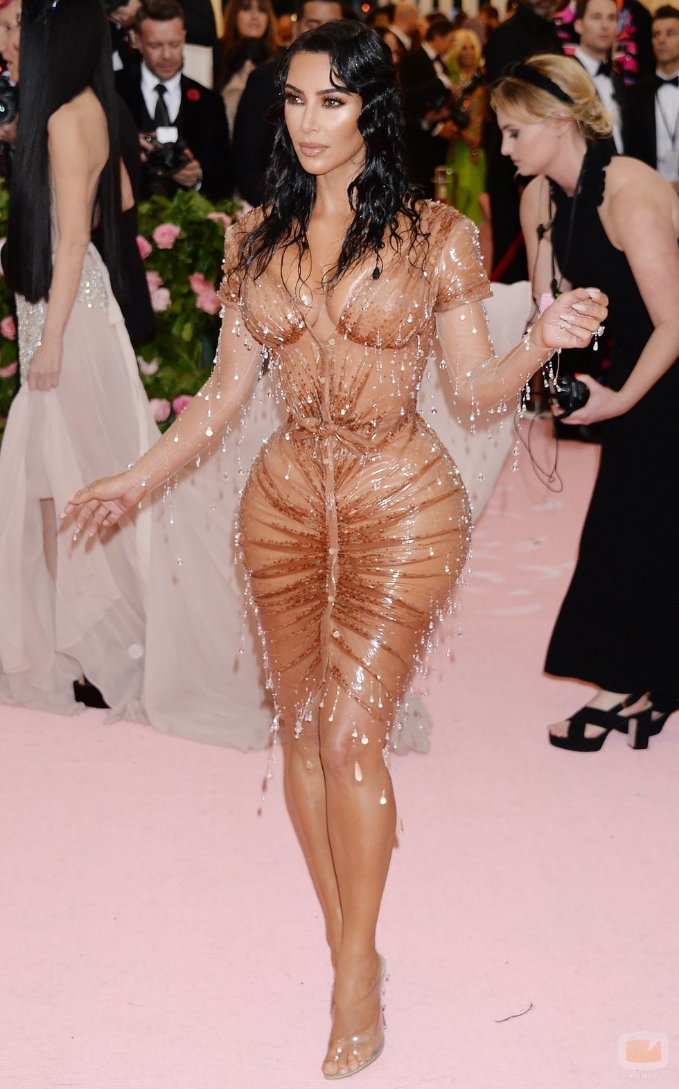 Kim Kardashian posa para la Gala MET 2019 en Nueva York