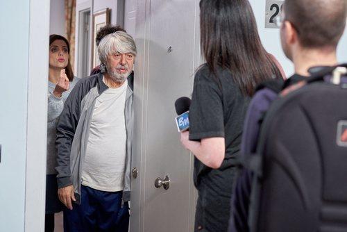 Vicente recibe la visita de los medios en la temporada 11 de 'La que se avecina'
