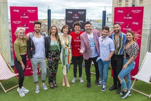 Miki Núñez y sus bailarines para Eurovisión 2019, junto a Tony Aguilar, Julia Varela y Mamen Márquez