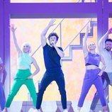 """Miki Núñez y sus bailarines preparan la coreografía en el primer ensayo de """"La Venda"""""""