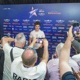 """Los medios reciben a Miki Núñez en la rueda de prensa celebrada tras el primer ensayo de """"La Venda"""" en Eurovisión 2019"""
