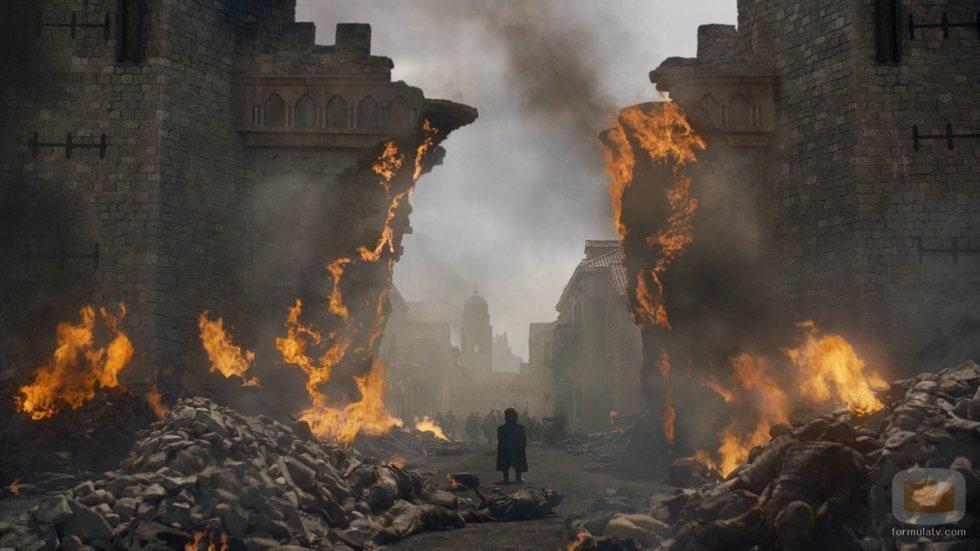 Tyrion ante la destrucción de Desembarco del Rey del 8x05 en 'Juego de Tronos
