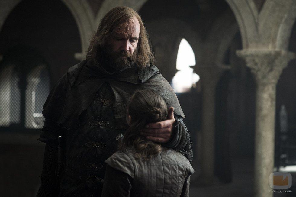 El Perro se despide de Arya Stark en el 8x05 de 'Juego de Tronos'