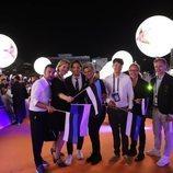 Victor Crone y su equipo, en la alfombra naranja de Eurovisión 2019