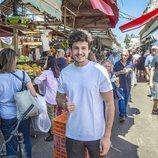 Miki Núñez visitando los mercados de Tel Aviv en los descansos de Eurovisión 2019