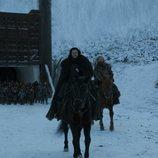 Jon Snow y Tormund lideran un grupo de salvajes que cruzan el muro en el 8x06 de 'Juego de Tronos'