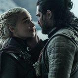 Daenerys Targaryen y Jon Snow comparten un último beso en el 8x06 de 'Juego de Tronos'