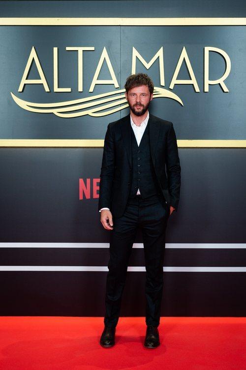 El actor Eloy Azorín, en el photocall de 'Alta mar'