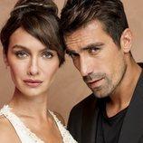 Ferhat Aslan y Asli Çinar, personajes protagonistas de 'Amor en blanco y negro'